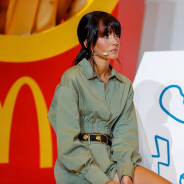 El total look safari con el que Aitana ha presentado su menú de McDonalds y del que todo Instagram está hablando
