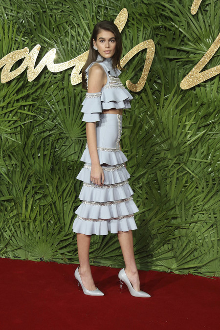 british fashion awards alfombra roja Kaia Gerber