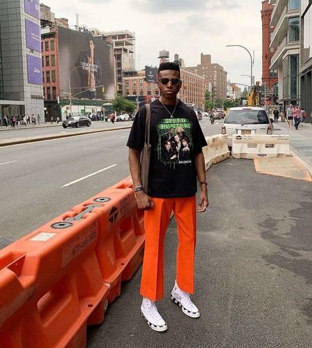 El Mejor Street Style De La Semana El Naranja Se Impone Como El Color De Transicion De Temporada 03