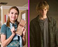 Emma Roberts y Evan Peters tienen el sello de aprobado de tita Julia
