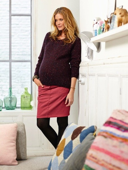 167bc8a40 Moda para embarazadas Otoño-Invierno 2014 2015  faldas para lucir piernas