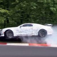 Mal día para ser piloto de pruebas. Estrellar el futuro Chevrolet Camaro Z28 en Nürburgring no mola nada