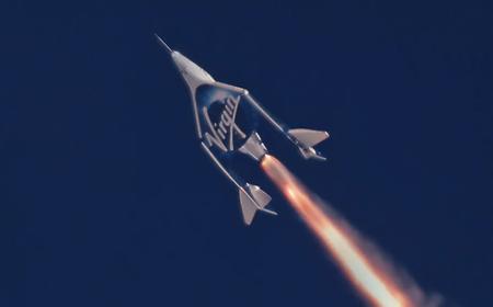 52 km de altura, el nuevo récord alcanazado por el avión espacial de Virgin Galactic