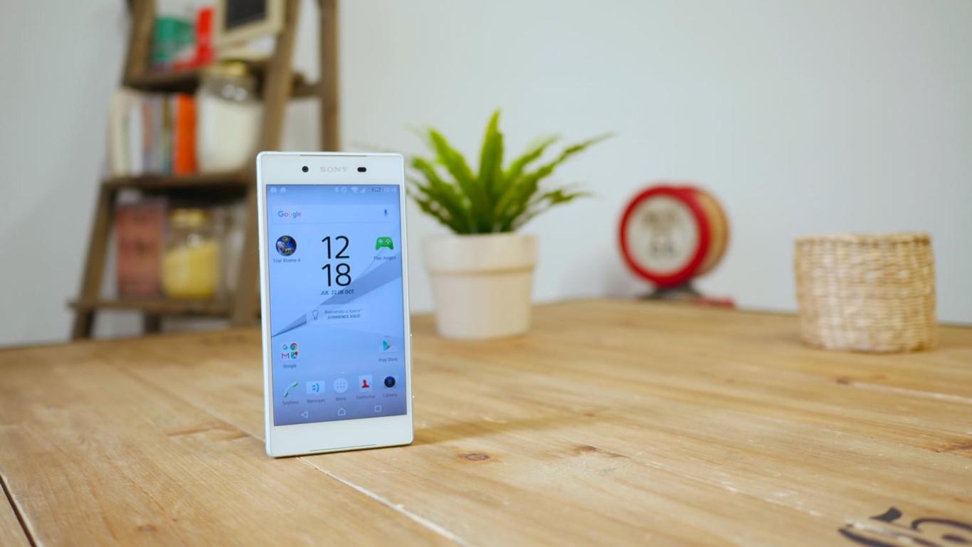 Cover iPhone 6 e 6S Ultra Slim cambia colore in 22100 Como for