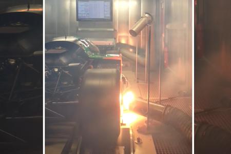 Un regalo para tus oídos: el Mazda 787B de motor rotativo escupiendo ira y fuego en un banco de potencia