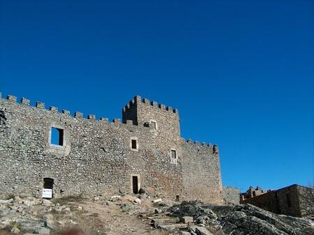 1443px Castillo De Montanchez