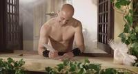 Larga vida al creativo publicitario que ha desnudado a Pepe Reina para nuestro gozo
