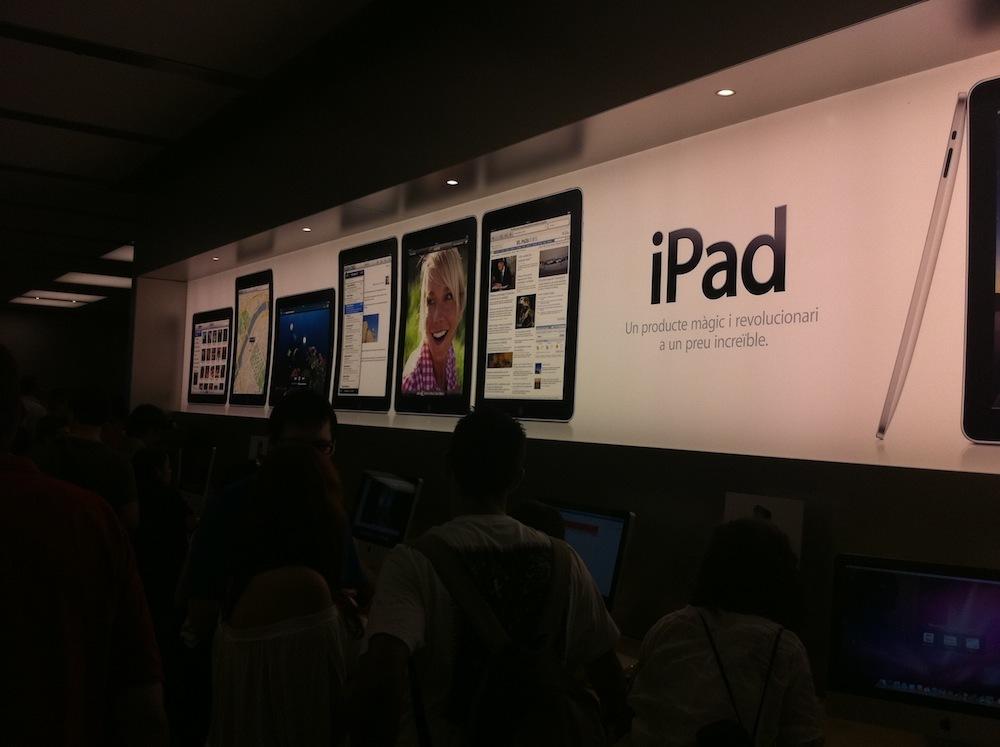 Foto de Inauguración Apple Store La Maquinista (68/93)