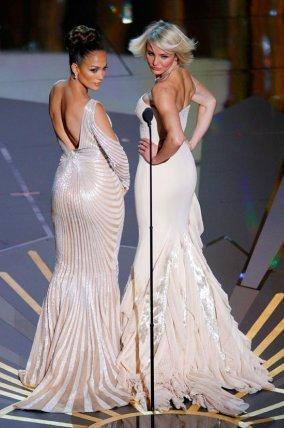 Jennifer Lopez y Cameron Diaz en los Oscar 2012