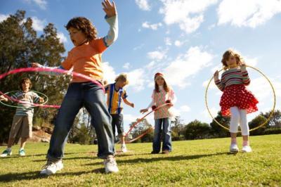 Más aire libre para los jóvenes para que realicen actividad física