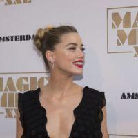 Los escotazos de vértigo en blanco y negro de Amber Heard