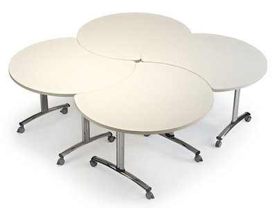 Cookie, mesa individual que se transforma en mesa de reuniones