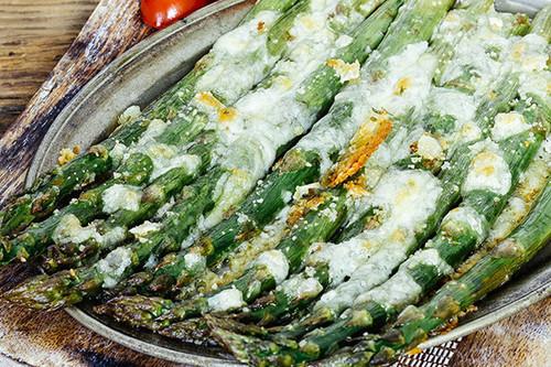 17 formas diferentes de preparar espárragos trigueros, un alimento de primavera