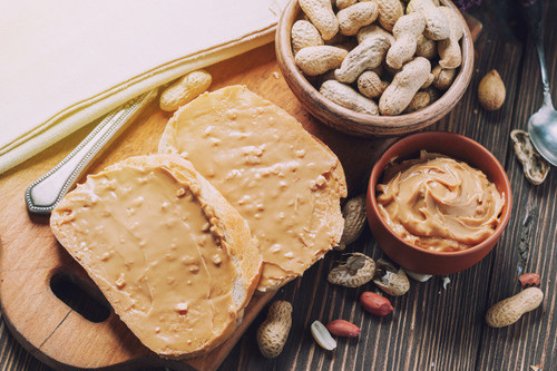 Todo sobre la crema de cacahuete: propiedades, beneficios y su uso en la cocina