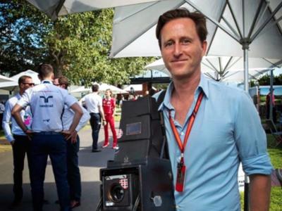 La Fórmula 1 retratada con una cámara de 1913 revive el sabor de la fotografía clásica