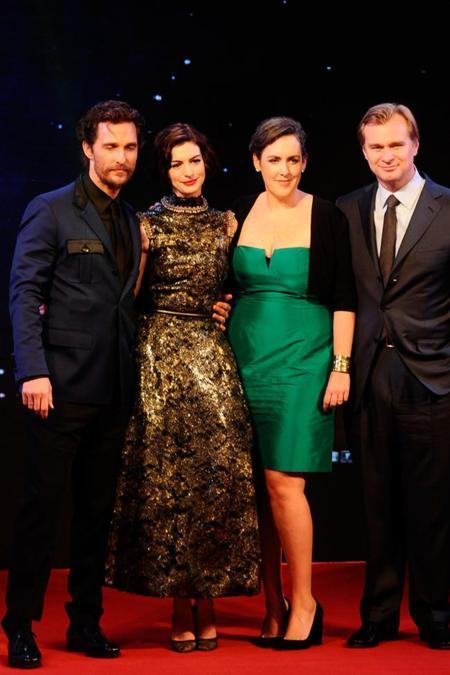 Anne Hathaway premiere Shangai
