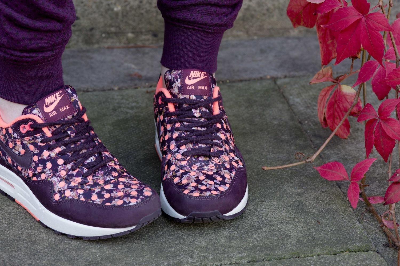 Foto de Nike x Liberty Collection (11/26)