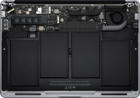 MacBook Air, interior
