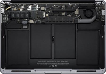 MacBook Air, interior
