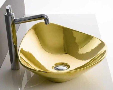 Lujosos lavabos de oro