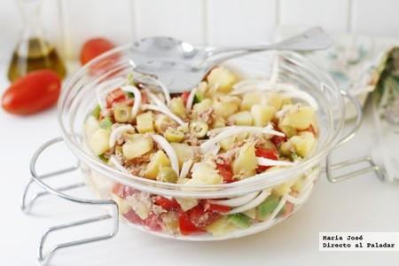Receta de ensalada payesa al estilo ibicenco, un clásico de los menús de verano