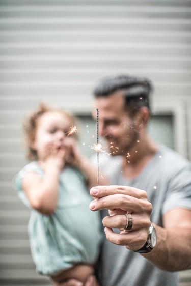 Las pequeñas cosas que haces en tu vida diaria e influyen en la forma de ser de tus hijos (para bien o para mal)