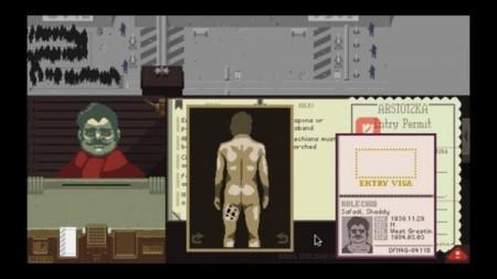 En la Arstotzka de iOS los desnudos de Paper Please se censuran