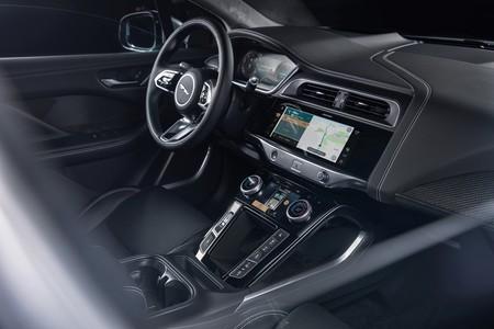 Jaguar I Pace 2021 023