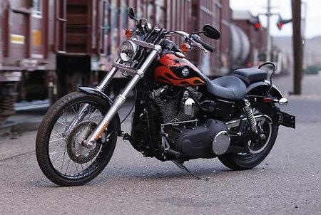 harley-davidson-dyna-wide-glide-2010-es-la-custom-mejor-valorada-entre-los-lectores-de-moto22.jpg