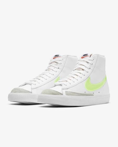 Nike Blazer Mid 77 Essential