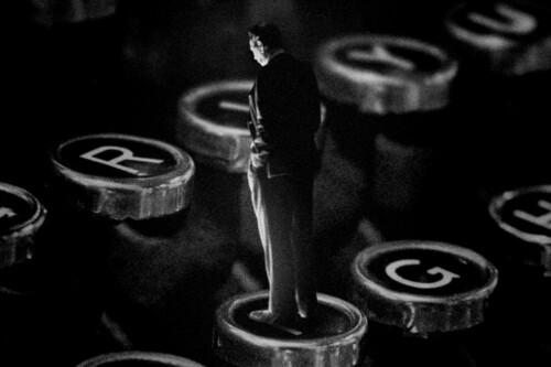 'Mank': David Fincher ofrece una lúcida mirada al presente descifrando la cara B de uno de los pilares de la narrativa en el cine