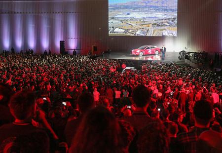 Tesla Model 3 Lanzamiento