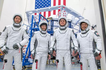 SpaceX Crew-2 está a punto de despegar, y es una misión tripulada histórica en la trayectoria de NASA: síguela en directo