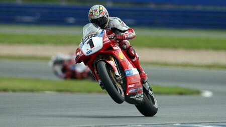 Cuando las motos bicilíndricas dominaron el mundial de Superbikes: cuatro bestias que marcaron la era dorada del WSBK