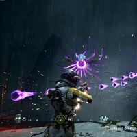Returnal presume de su frenética acción con un gameplay que muestra sus mecánicas y el uso del DualSense