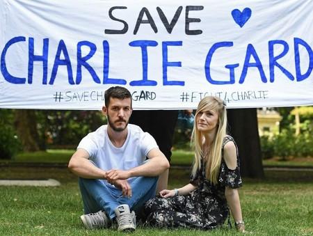 Finalizan los padres de Charlie Gard la batalla legal para tratarle en Estados Unidos
