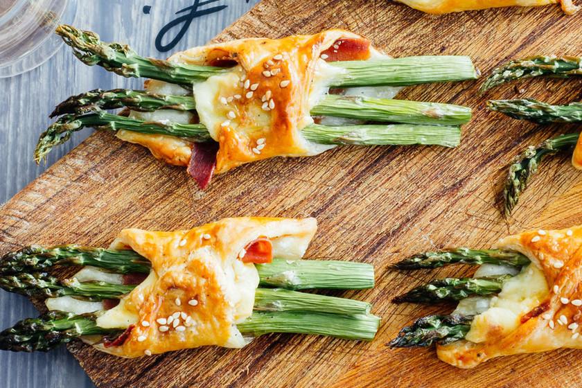 Hojaldres de espárragos y jamón: receta fácil para un picoteo