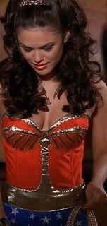 Rachel Bilson la mejor vestida de Hollywood