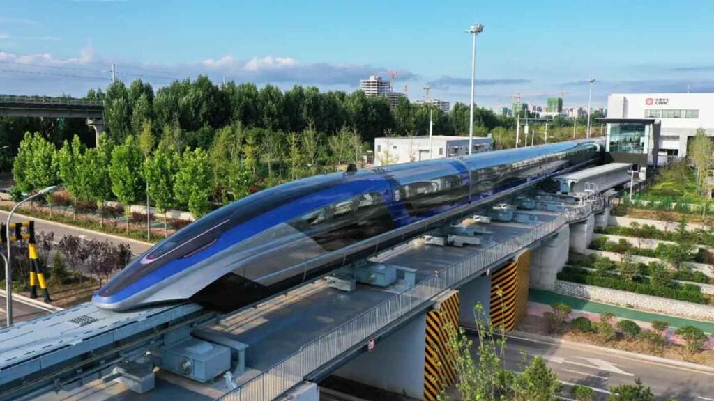 El nuevo Maglev hace su debut en China: el tren más rápido del mundo con levitación magnética capaz de alcanzar los 600 km/h