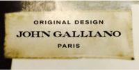 Un restyling completo y un nuevo logo para la marca John Galliano pero sin Galliano