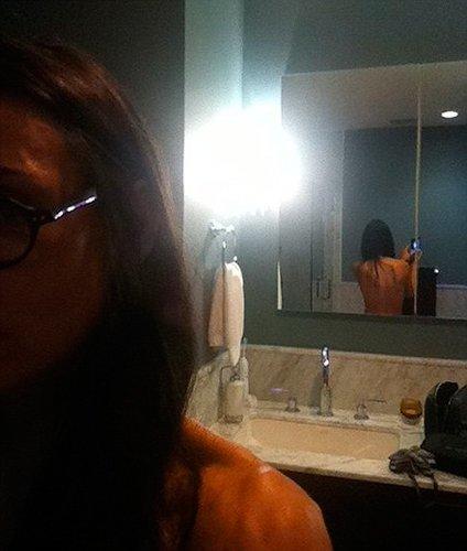 Demi Moore, de profesión, exhibicionista de Twitter