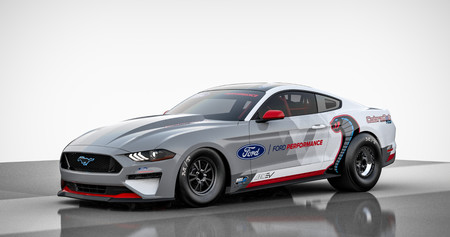 """El Mustang Cobra Jet 1400 es un prototipo de dragster totalmente eléctrico con un motor de """"más de 1.400 CV"""""""