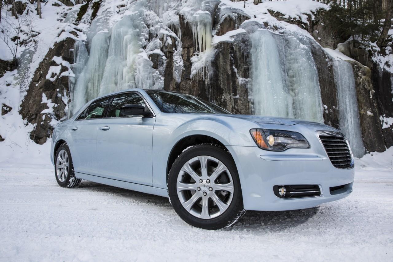 Foto de 2013 Chrysler 300 Glacier (10/27)