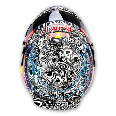 vettel-dazzle-camo-helmet-4.jpg