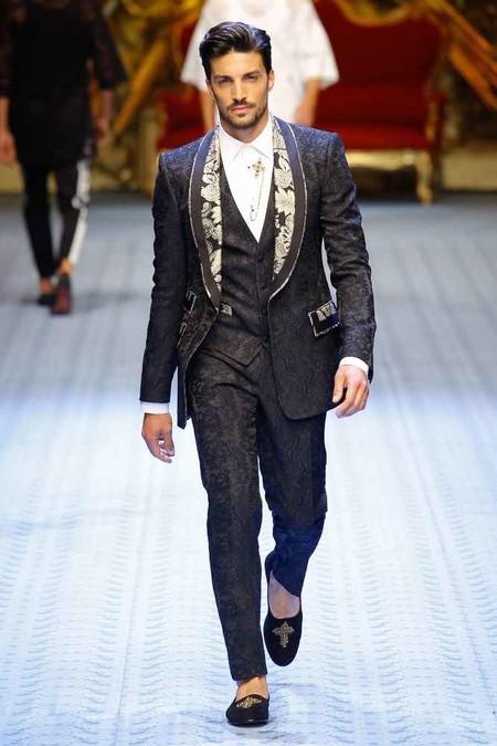 Dolce Gabbana Y Su Ejercito Millennial Apuestan Por La Inclusion En Su Coleccion 2019 En Milan 04