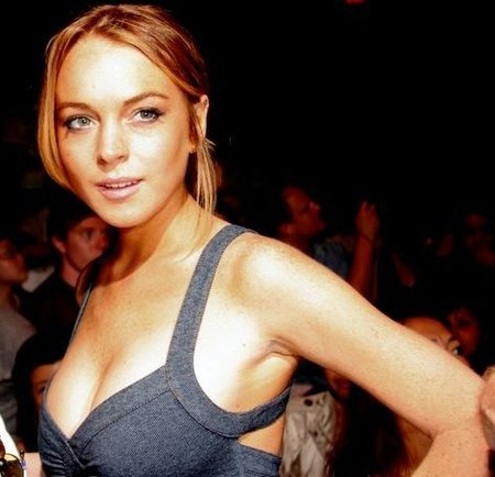 'The Other Side', Lindsay Lohan lo vuelve a intentar