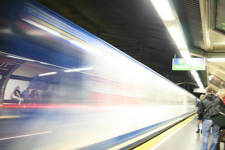 La Comunidad de Madrid penaliza los usuarios frecuentes de transporte público