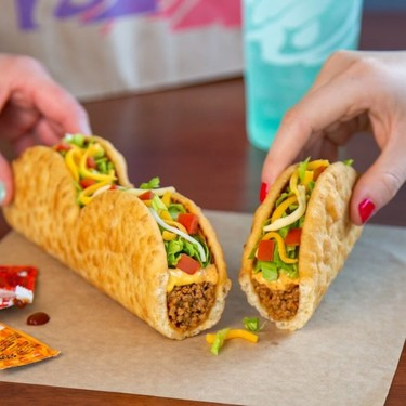 Taco Bell ofrece una versión muy peculiar de las chalupas poblanas ¿se parecen a las tradicionales?
