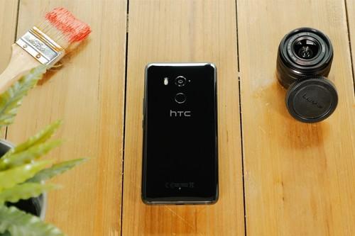 HTC U11 Plus, análisis: podría haber sido el Pixel 2 XL y no hubiera desentonado en cámara y rendimiento