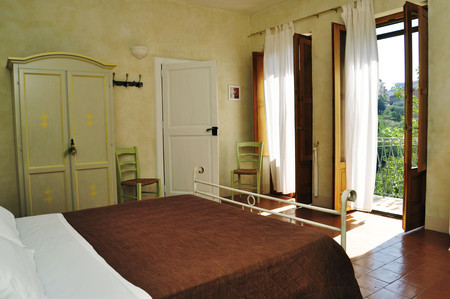Despertar Entre Olivos En Calitri Italia